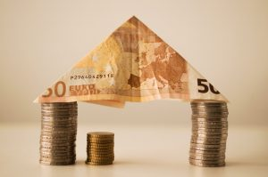 Save for a house and make budgeting easy