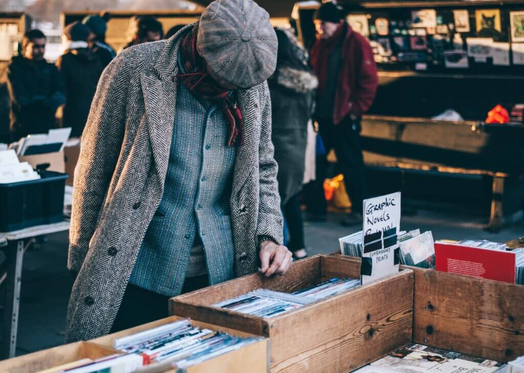 Sell old book and clothes to save money for travel